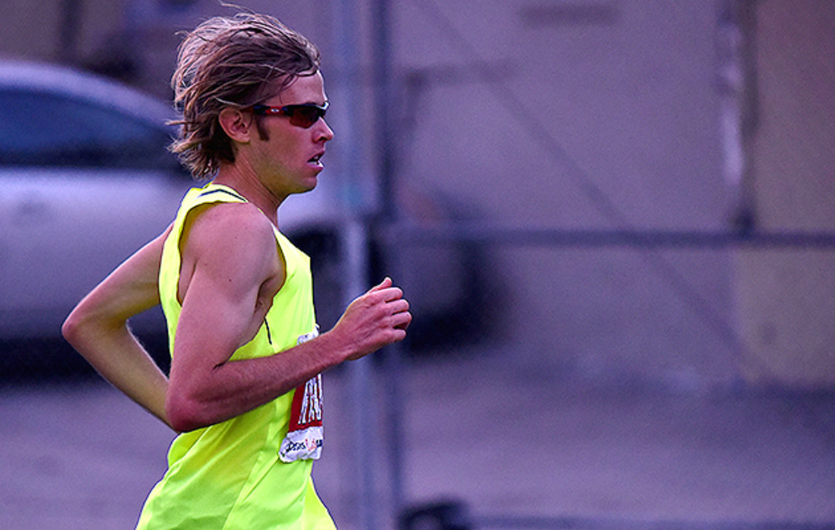 Ryan Hall running the LA Marathon.