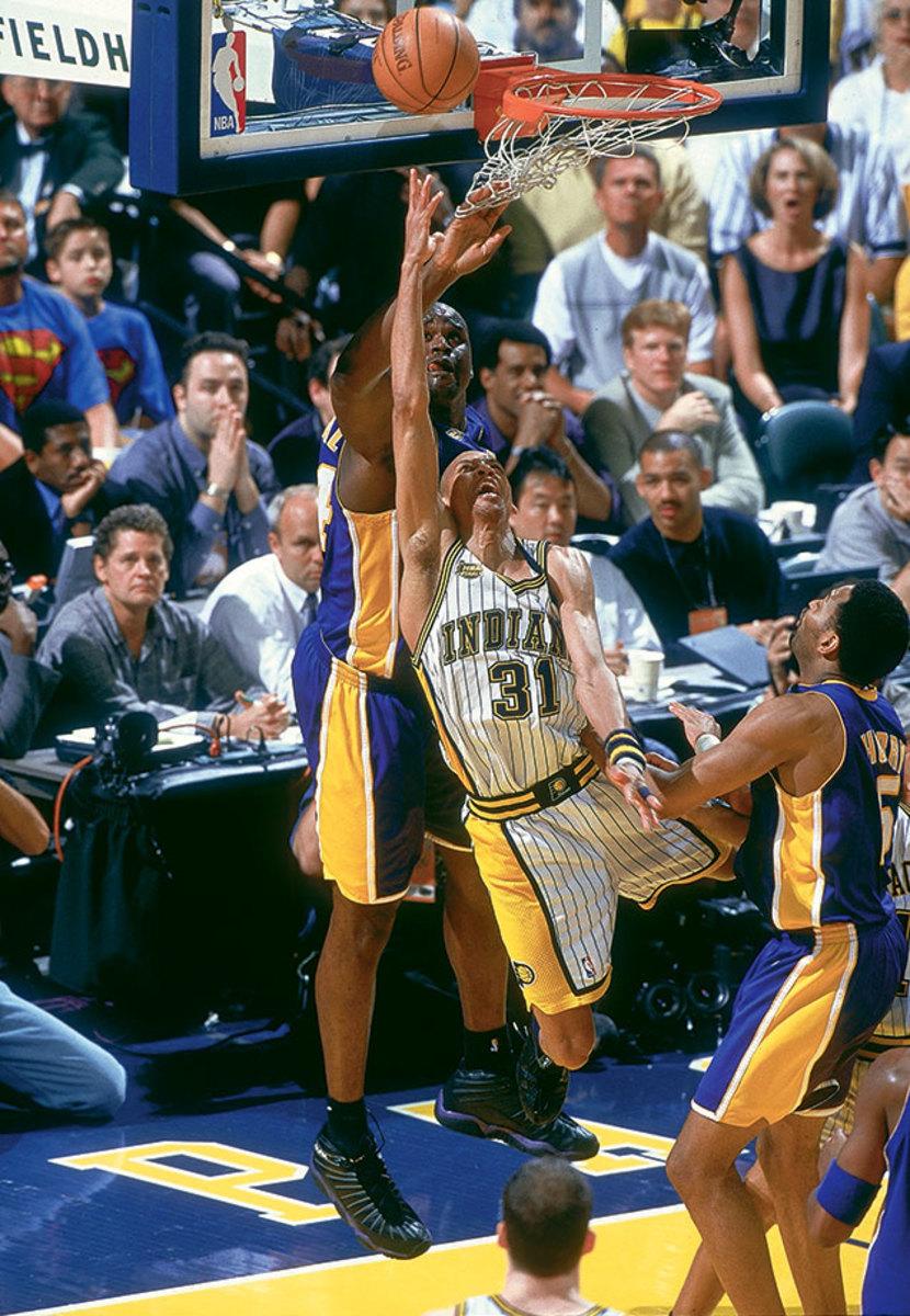 2000-0616-Reggie-Miller-Shaquille-O-Neal-01065269.jpg