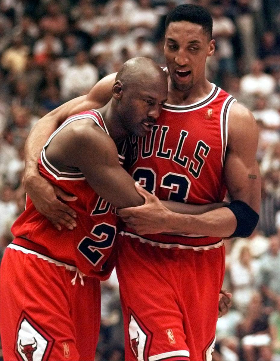 1997-0611-Michael-Jordan-Scottie-Pippen.jpg