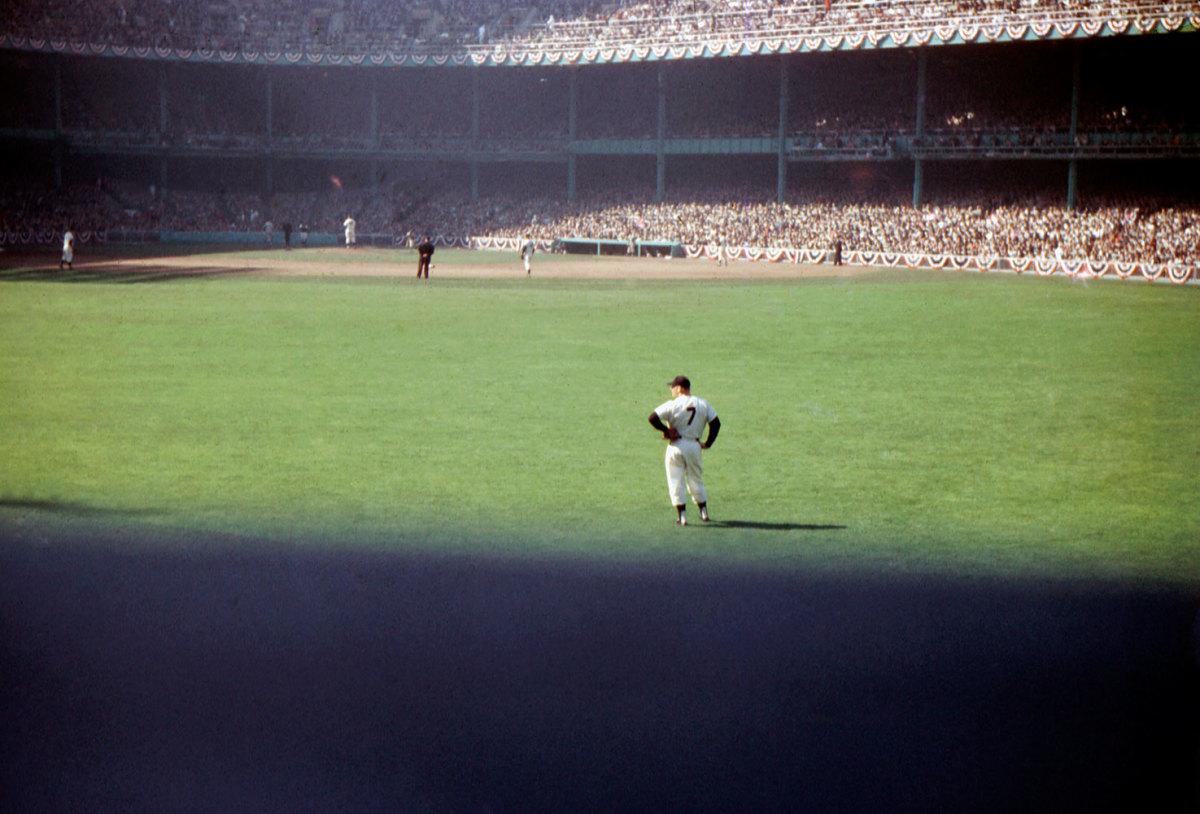1956-World-Series-Mickey-Mantle-079117557.jpg