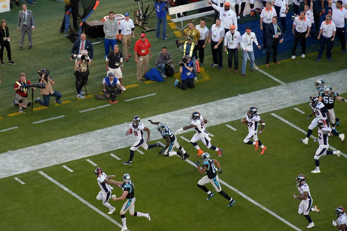 2016-0207-Super-Bowl-50-Jordan-Norwood-SI130_TK1_01042.jpg