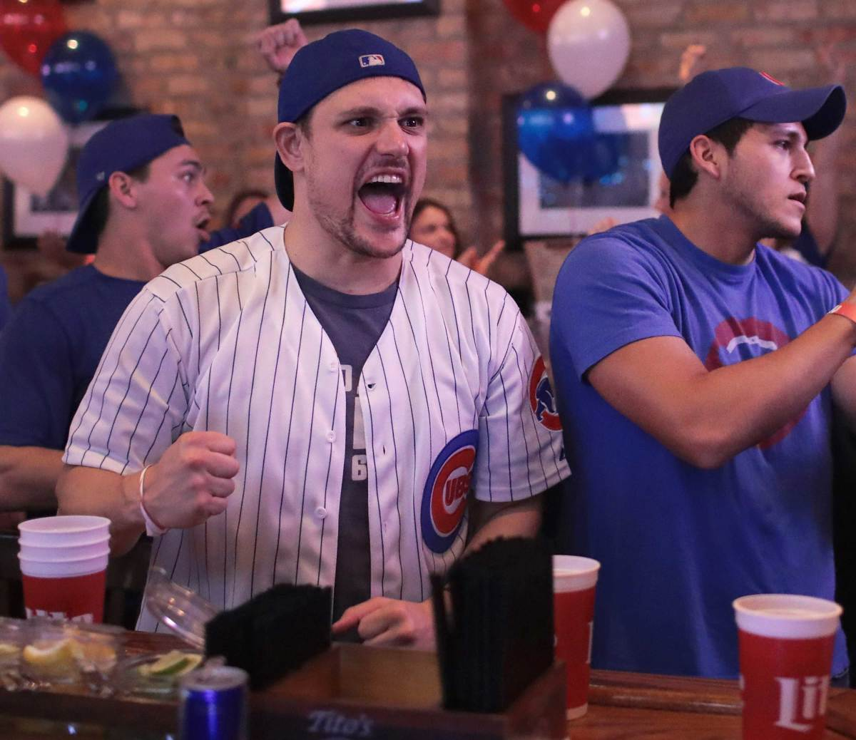 World-Series-Game-7-Cubs-fans-5.jpg