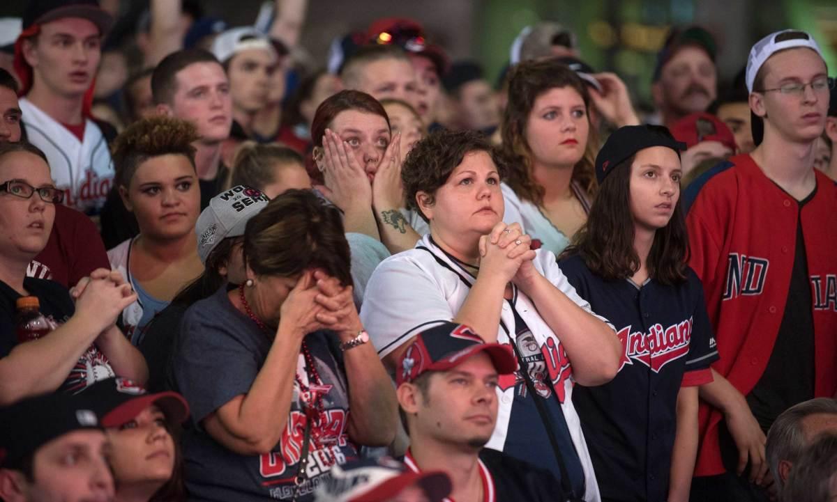 World-Series-Game-7-Indians-fans-2.jpg