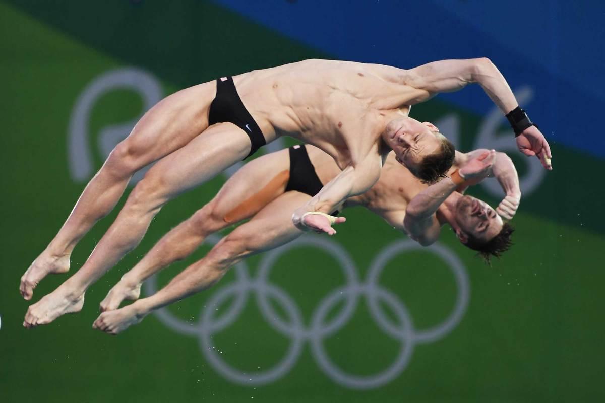 Best-photos-Day-3-2016-Rio-Olympics-4.jpg