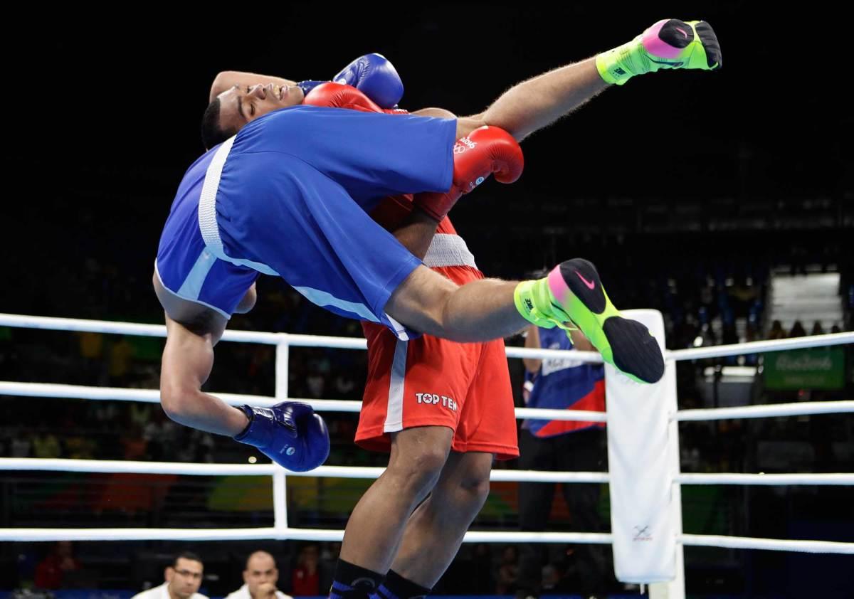 Best-photos-Day-6-2016-Rio-Olympics-16.jpg