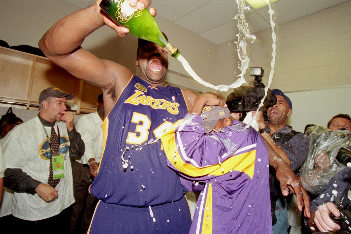 2001-shaquille-o-neal-chris-tucker-001233815.jpg