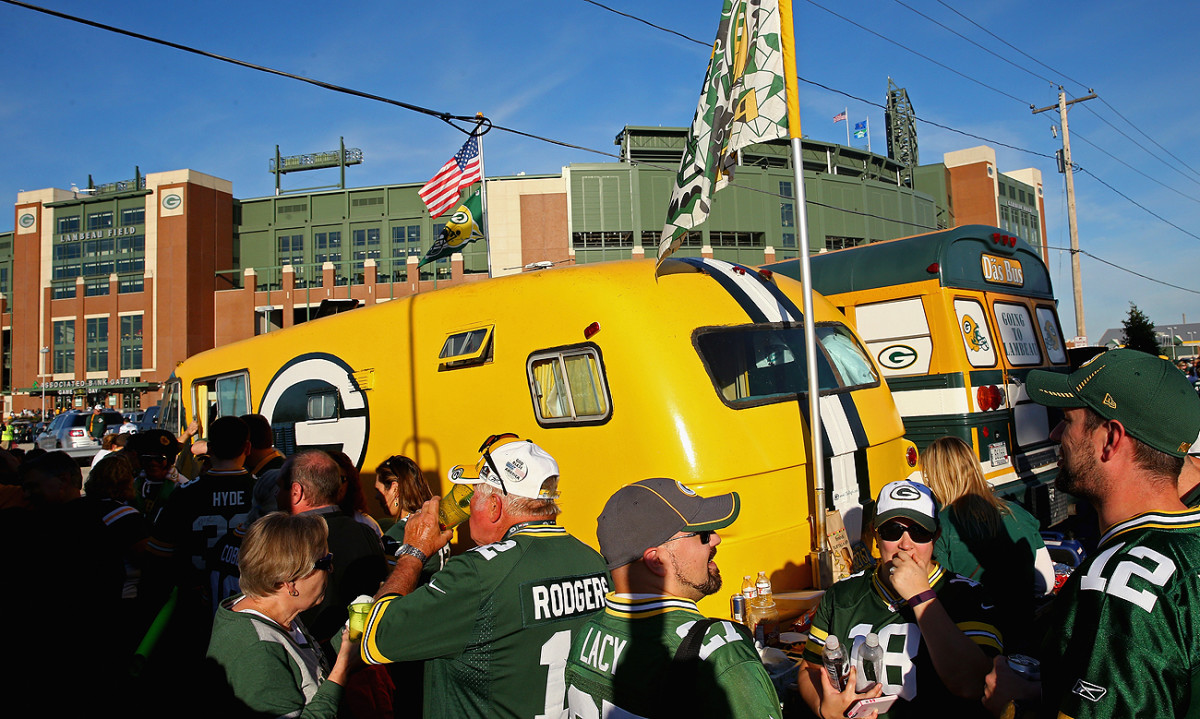 mmqb-packers-gameday.jpg