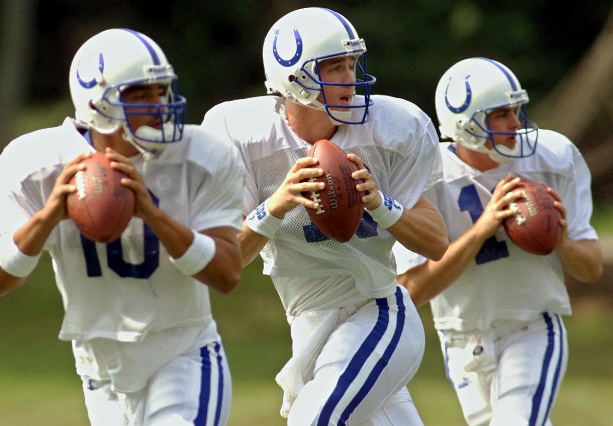 2000-Pete-Gonzalez-Peyton-Manning-Kelly-Holcomb.jpg