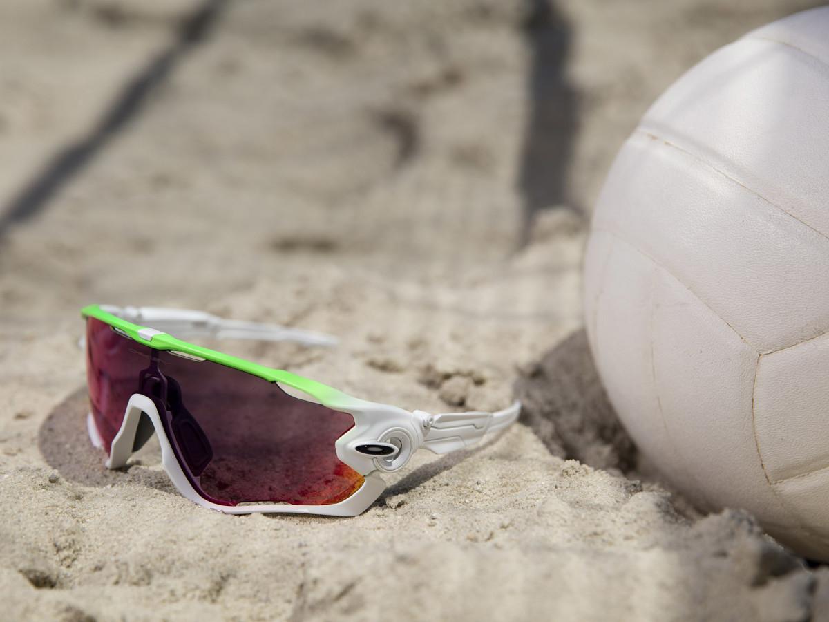 oakley-sunglasses-beach-volleyball.jpg