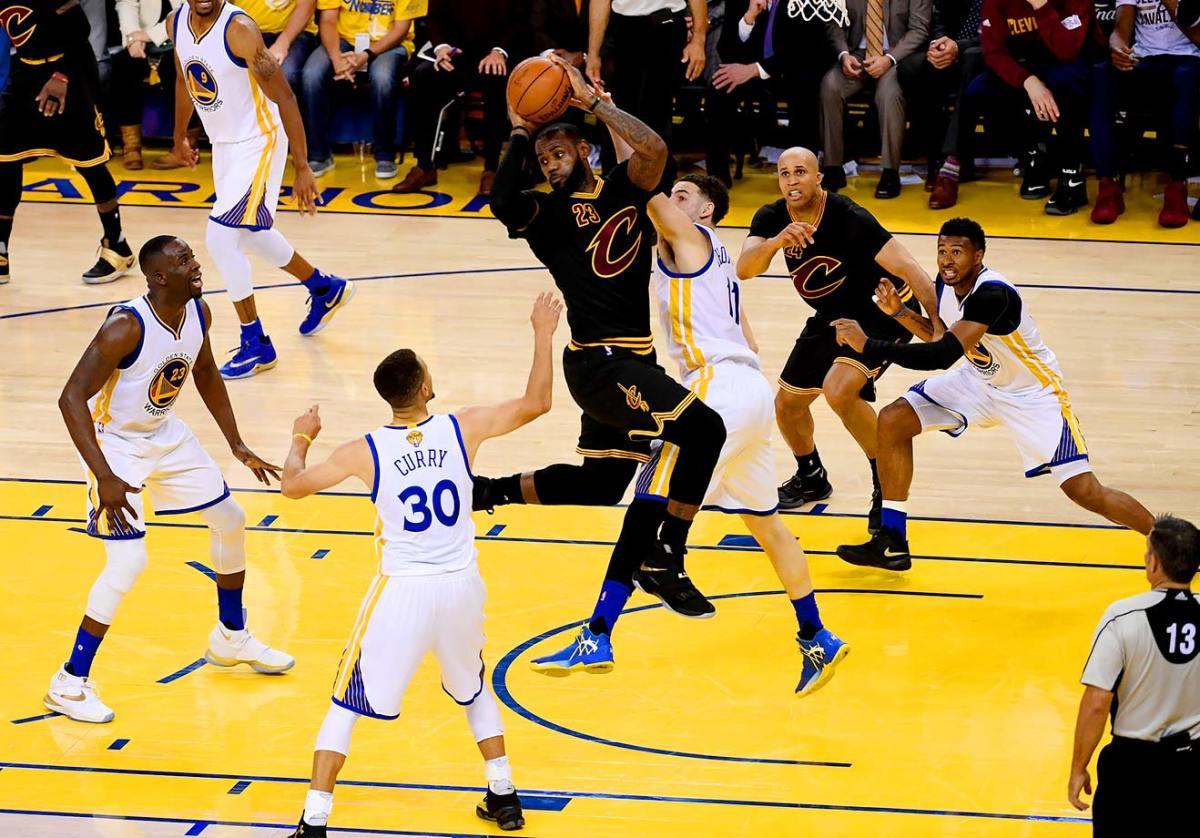 11-NBA-Finals-Game-7-LeBron-James-SI139_TK1_02983.w.jpg