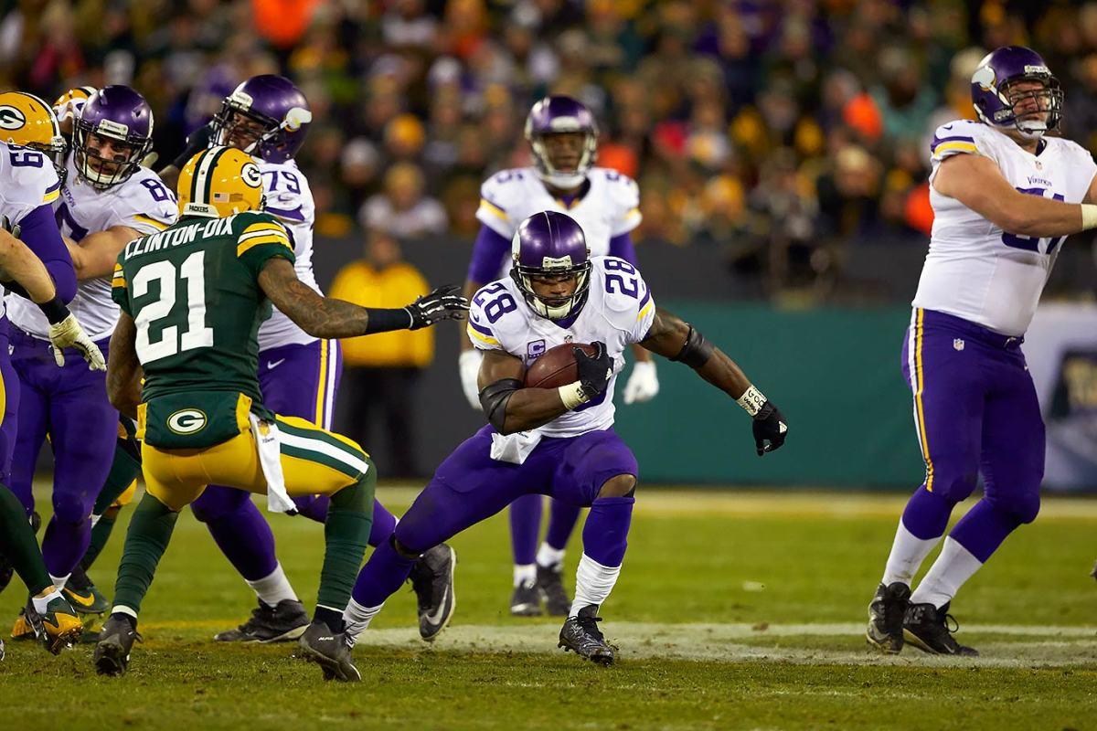 14-NFL-Week-17-Vikings-Packers-Adrian-Peterson-SI-119_TK1_01138.jpg