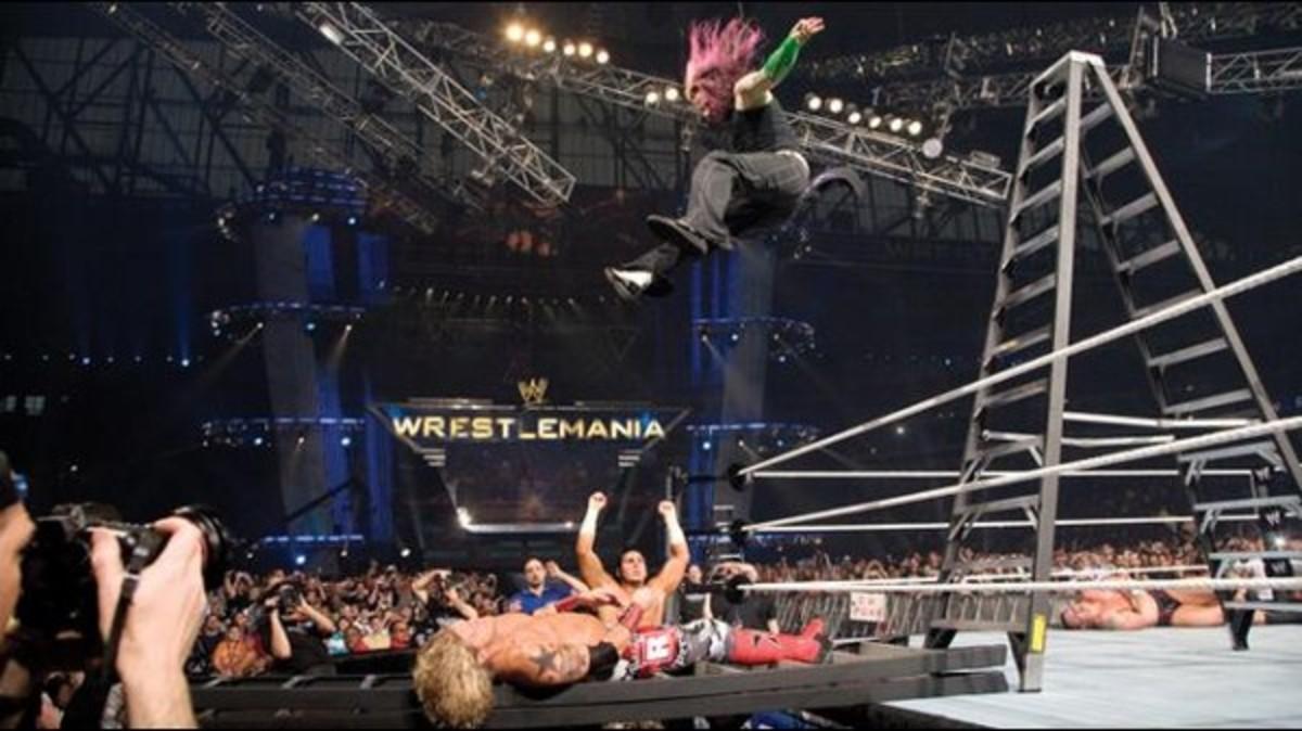 Jeff Hardy_ladder_Edge_courtesy WWE.jpg