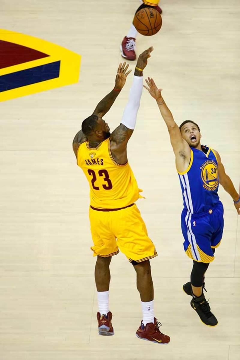 LeBron-James-Steph-Curry-8.jpg