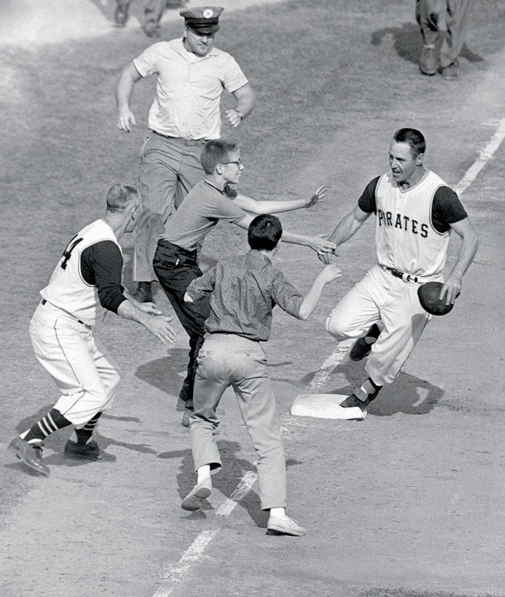 1960-World-Series-Bill-Mazeroski.jpg