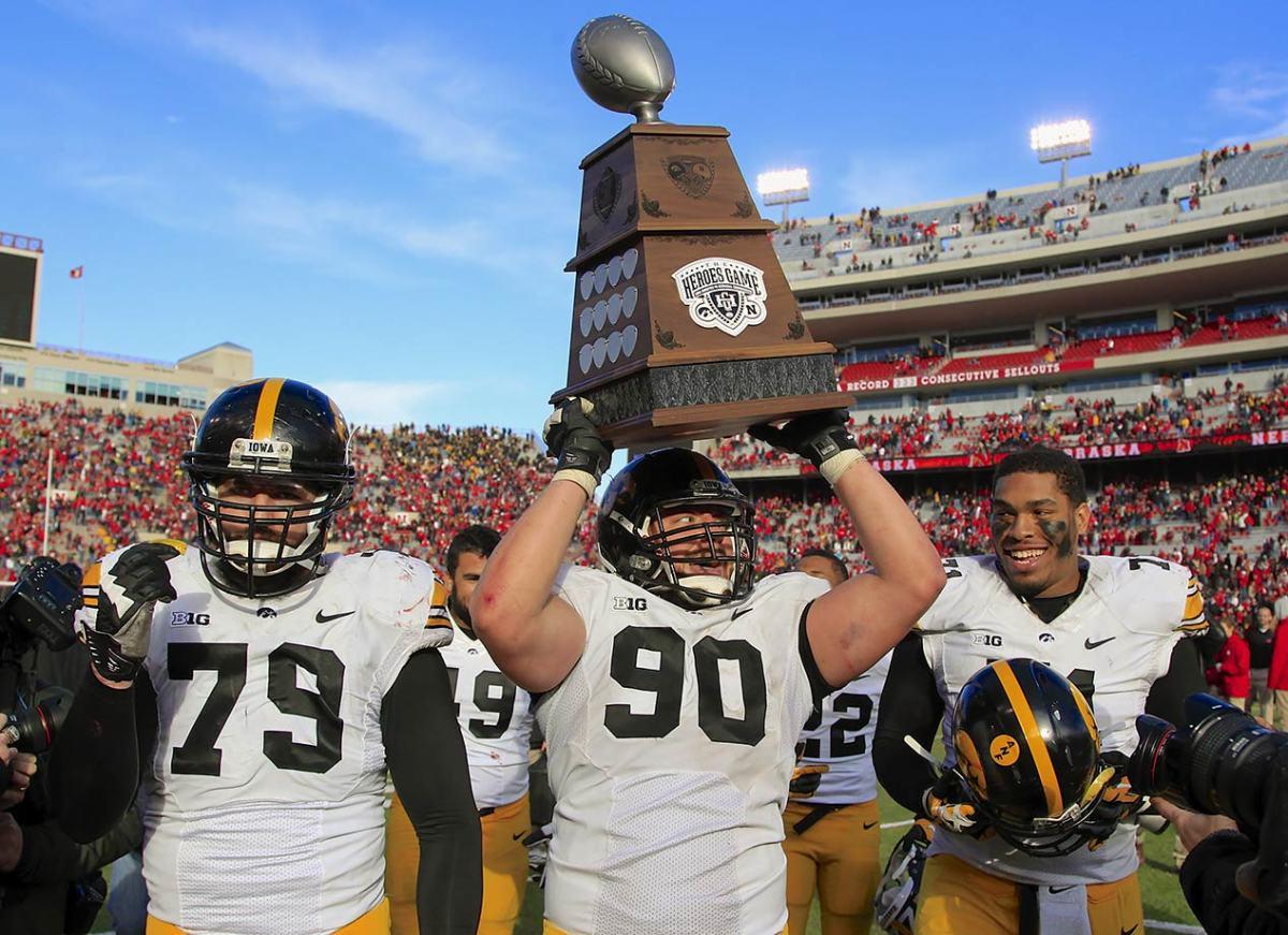 Heroes-Trophy-Nebraska-Iowa-Louis-Trinca-Pasat.jpg