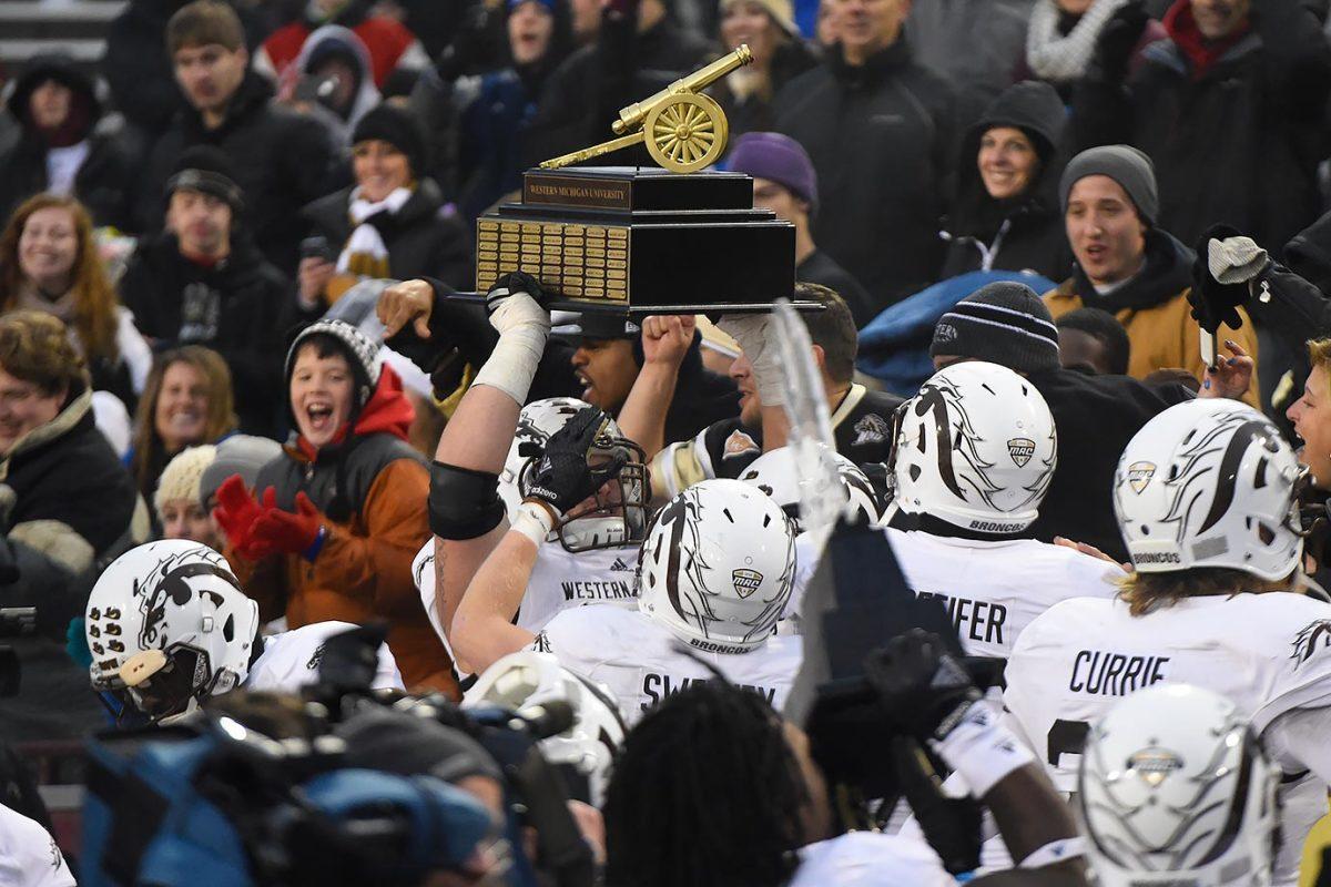 Victory-Cannon-Trophy-Western-Michigan-Central-Michigan.jpg