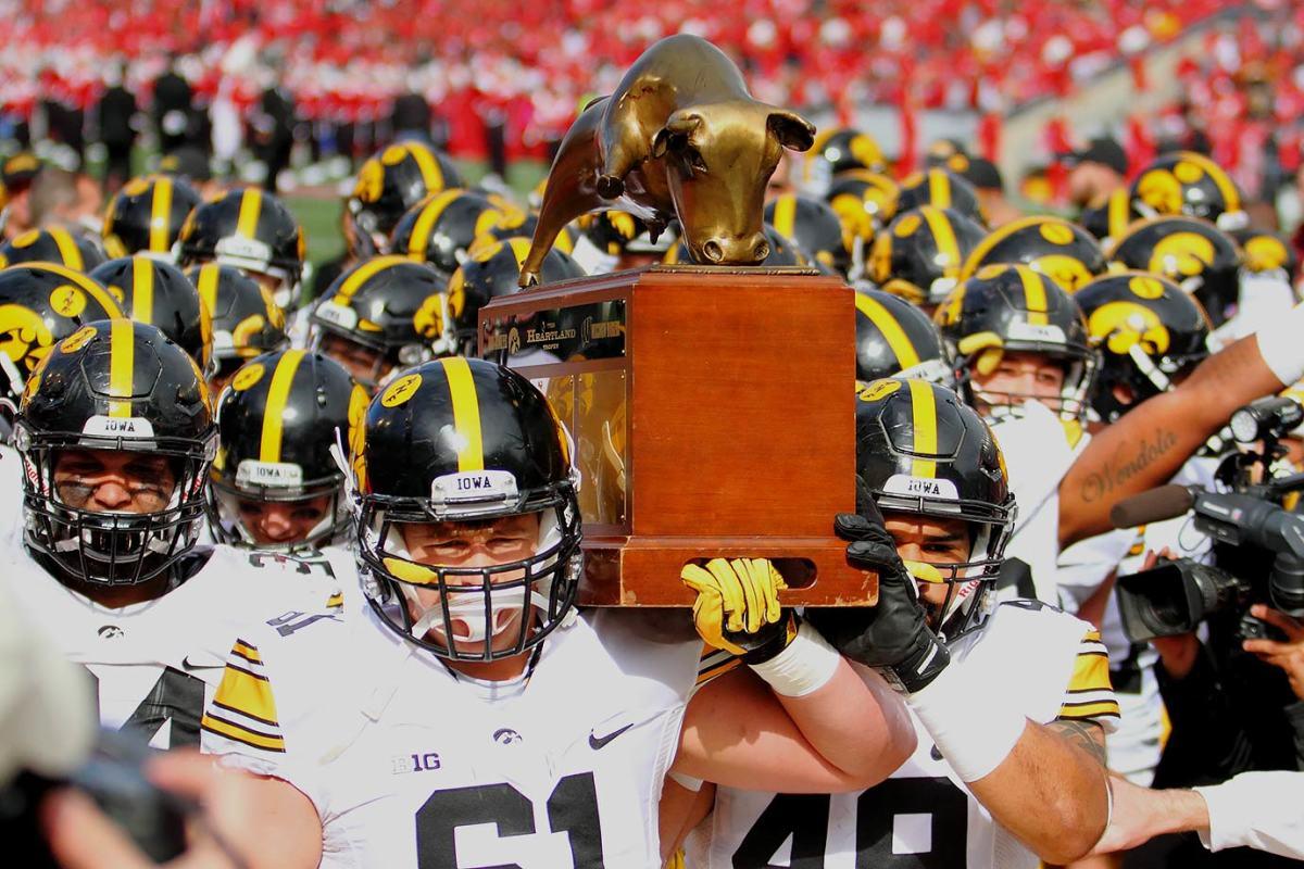 Heartland-Trophy-Iowa-Wisconsin.jpg