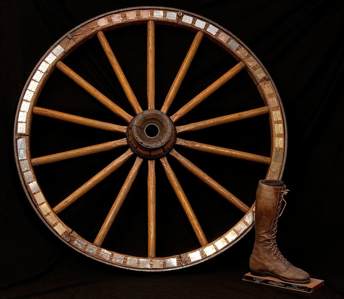 Wagon-Wheel-Beehive-Boot-BYU-Utah-Utah-State.jpg