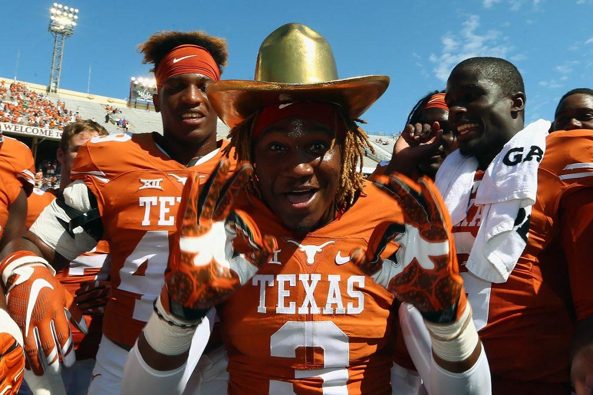 Golden-Hat-Trophy-Texas-Oklahoma-Armanti-Foreman.jpg