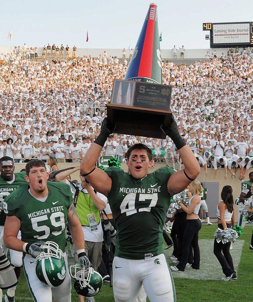 Megaphone-Trophy-Notre-Dame-Michigan-State-Brandon-Long.jpg
