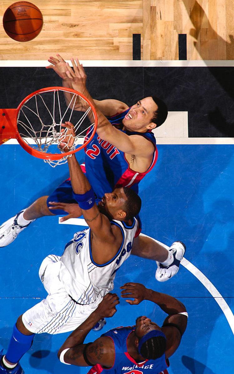2003-Pistons-Magic-Tayshaun-Prince-Tracy-McGrady-Ben-Wallace.jpg
