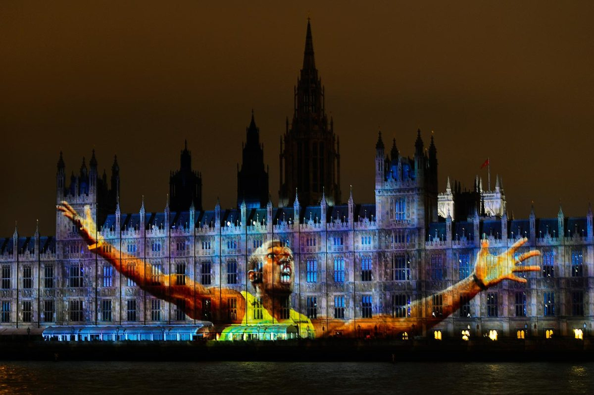 2012-0727-Usain-Bolt-Parliament-projection.jpg