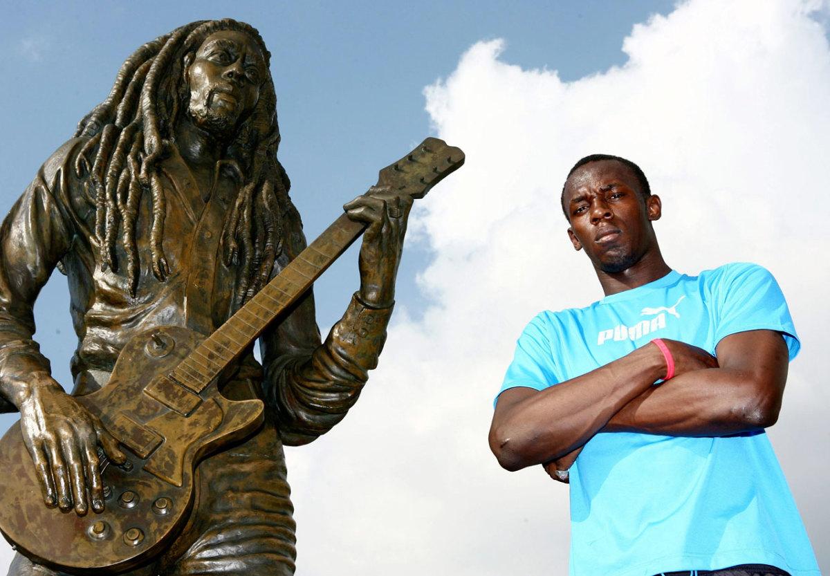 2007-1019-Usain-Bolt-Bob-Marley-statue.jpg