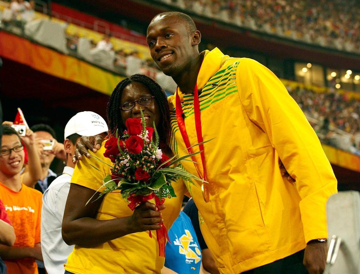2008-0816-Usain-Bolt-mom-Jennifer-opgp-46421.jpg