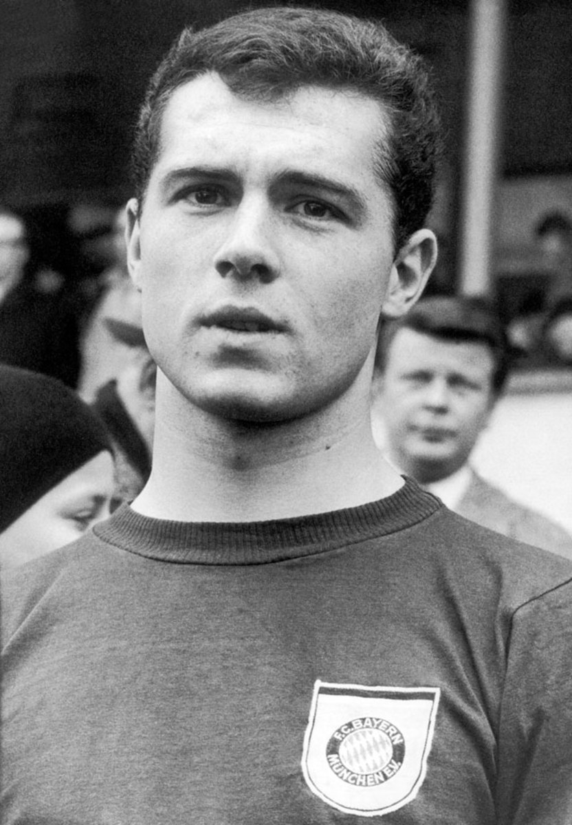 1966-Bayern-Munich-Franz-Beckenbauer.jpg