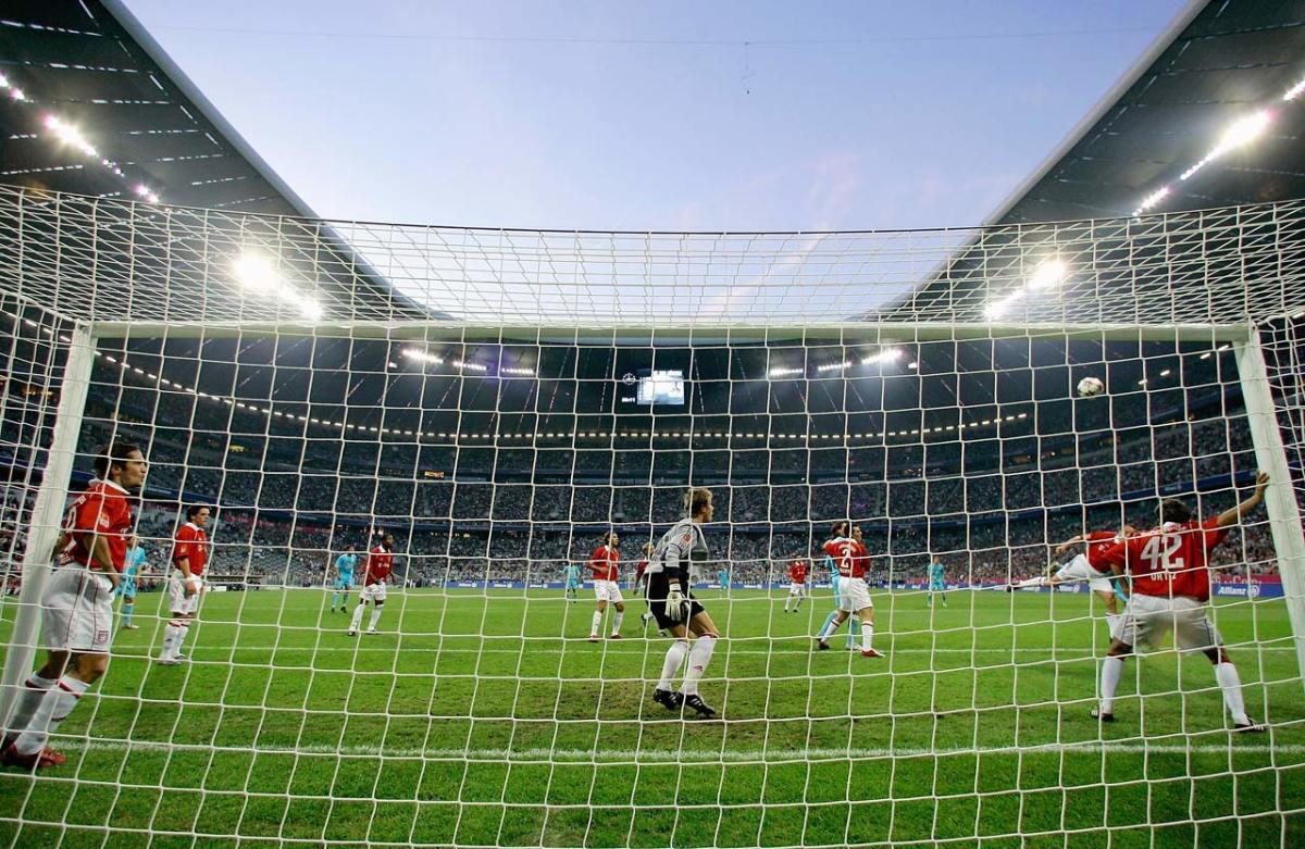 2005-Bayern-Munich-1860-Allianz-Arena.jpg