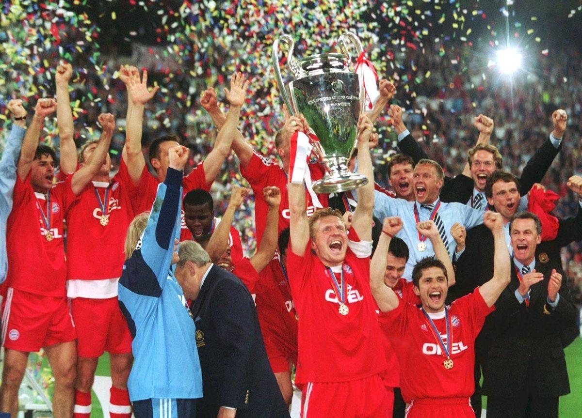 2001-Bayern-Munich-Valencia.jpg