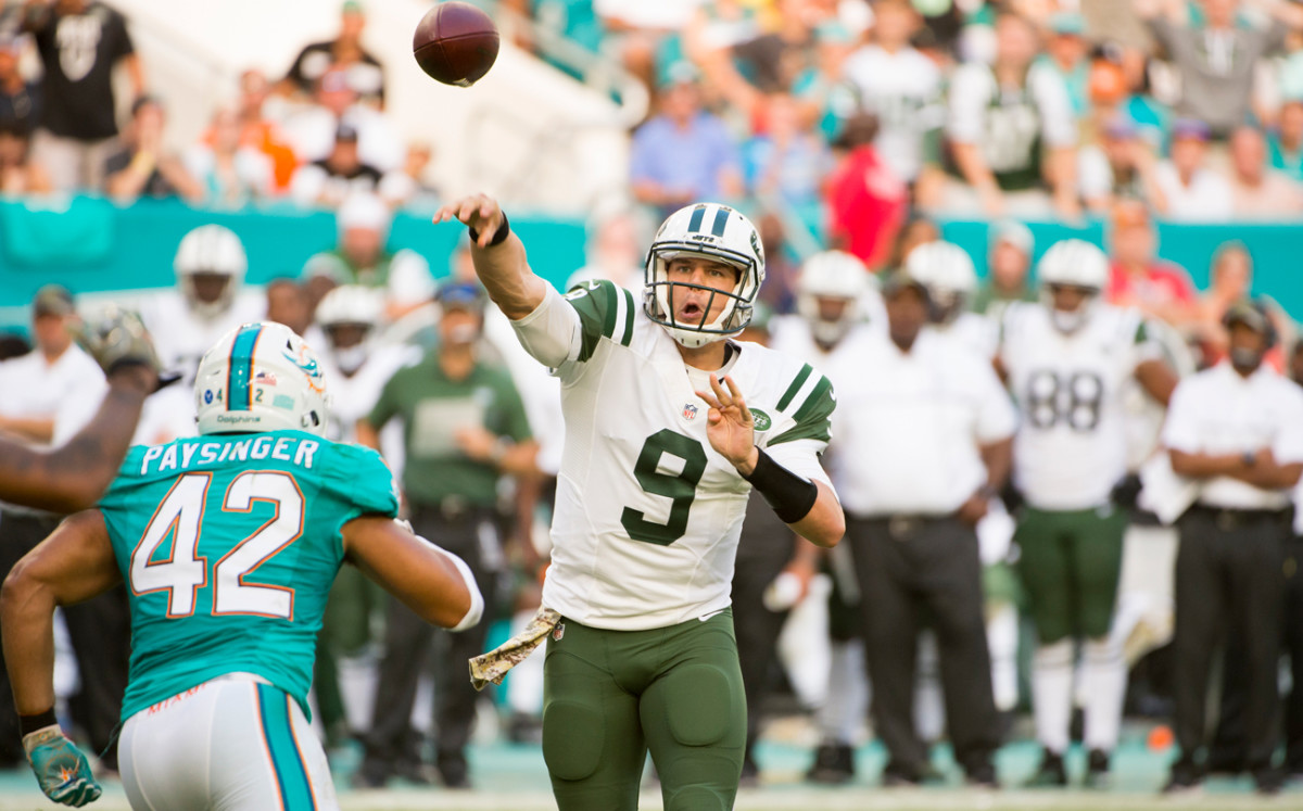 Bryce Petty took a handful of snaps against the Dolphins and might be in line for more as the Jets' revolving door at quarterback continues.