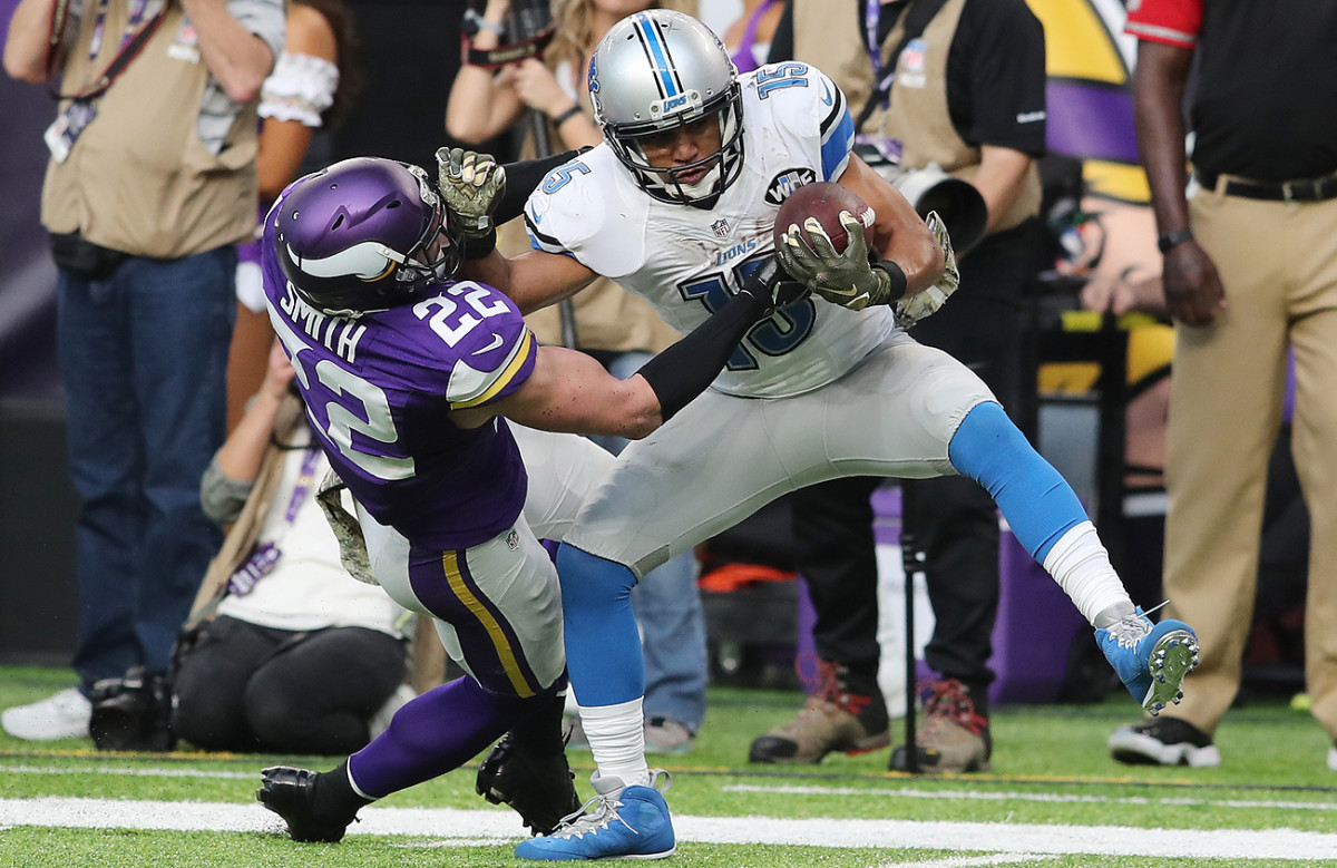 Golden Tate was able to shed the attempted tackle by Harrison Smith and would go on to find the end zone.