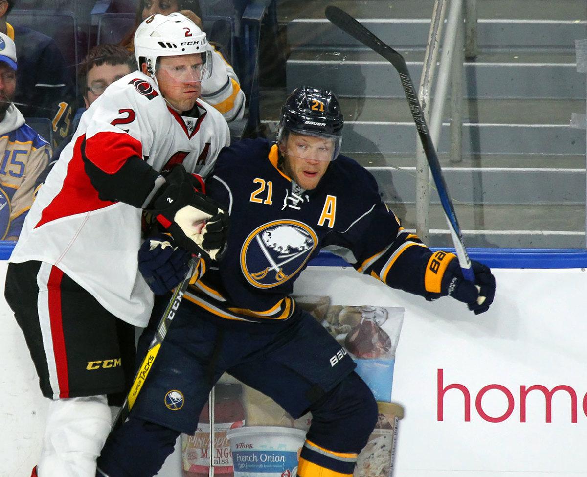 Kyle-Okposo-Buffalo-Sabres.jpg