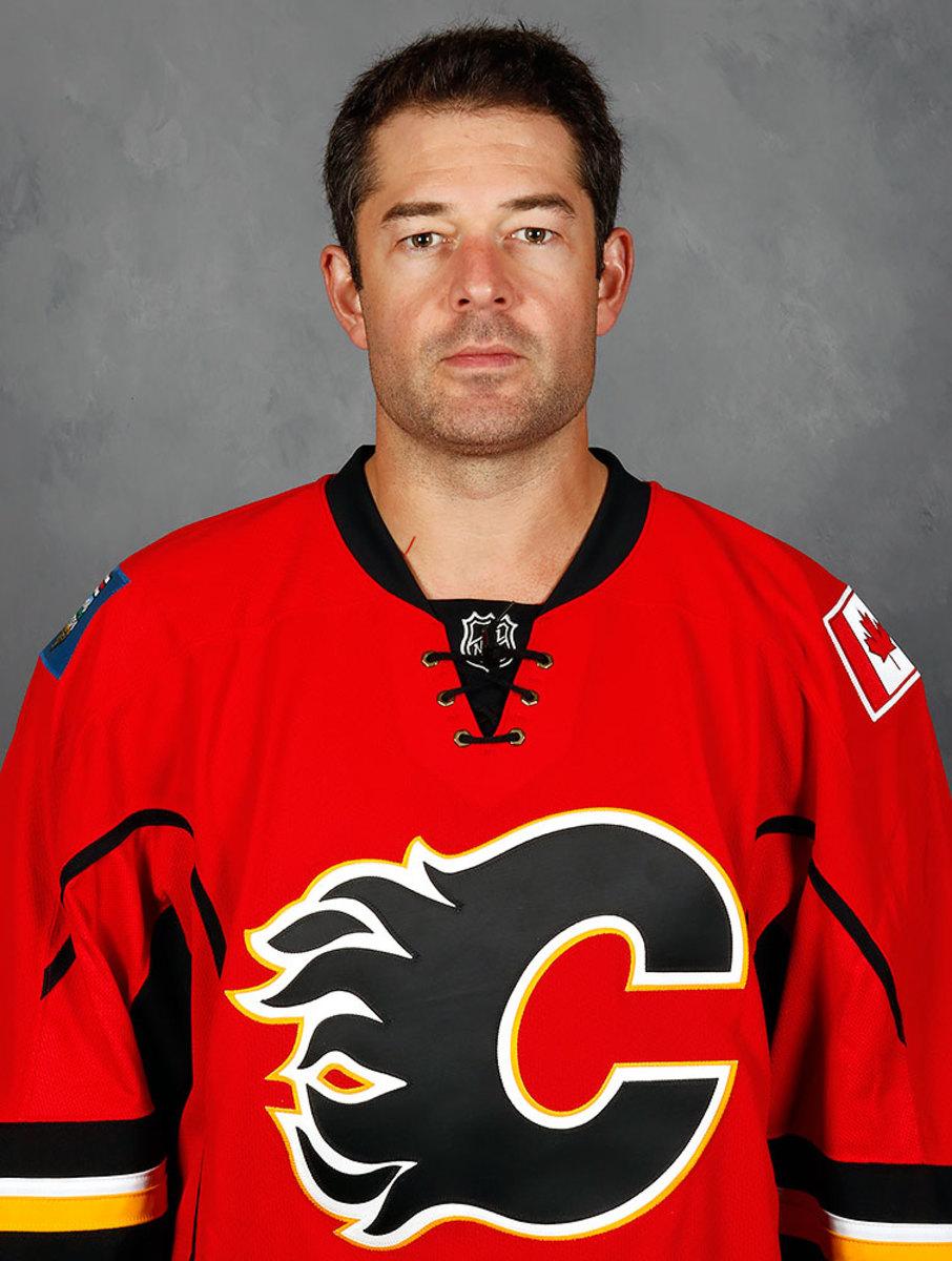 Brian-Elliott-Calgary-Flames.jpg
