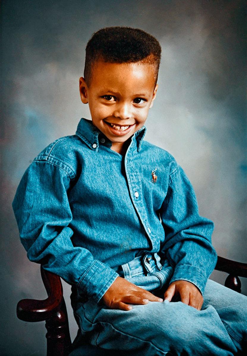 00-Stephen-Curry-childhood-076434139.jpg
