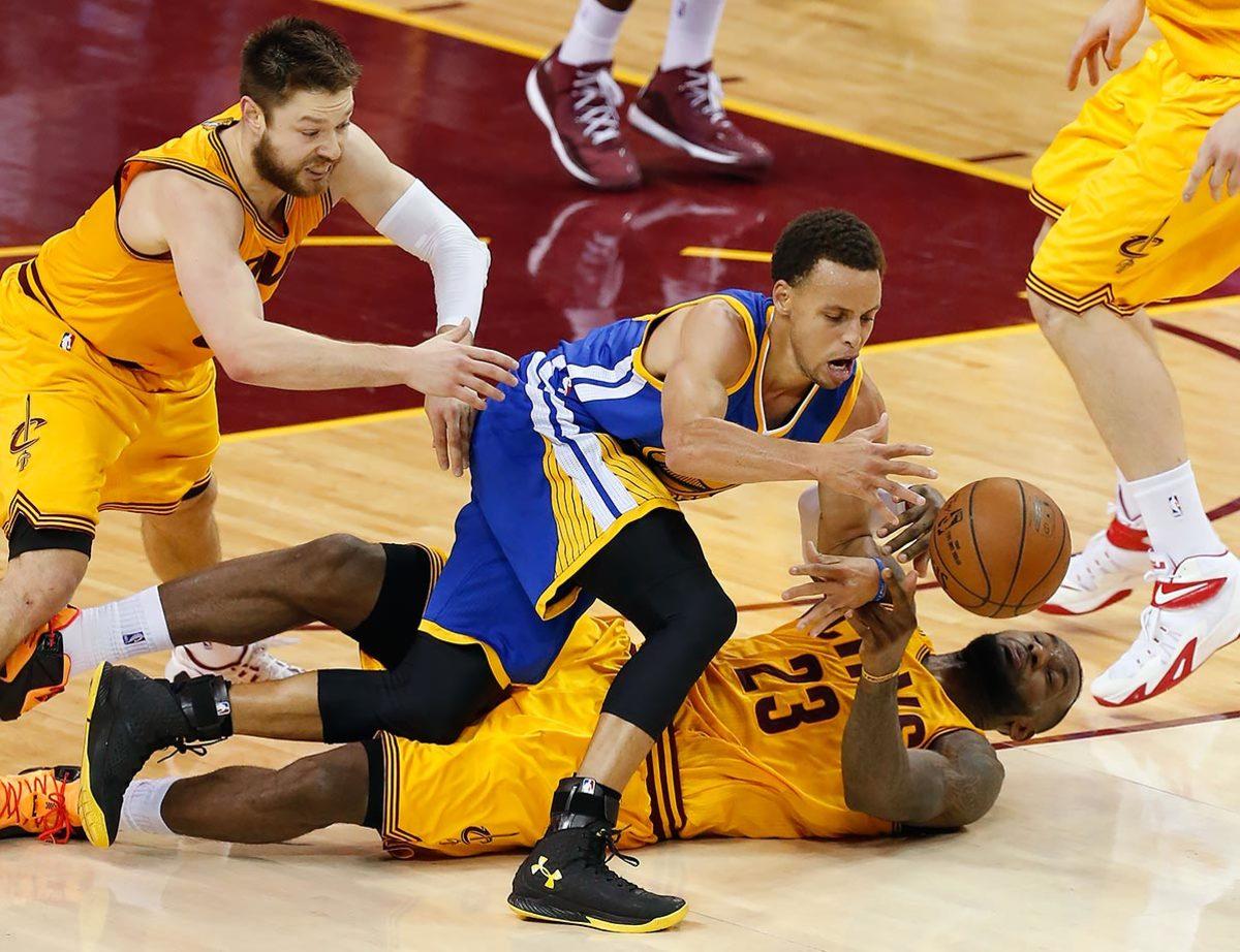 2015-0609-Stephen-Curry-LeBron-James-Matthew-Dellavedova.jpg