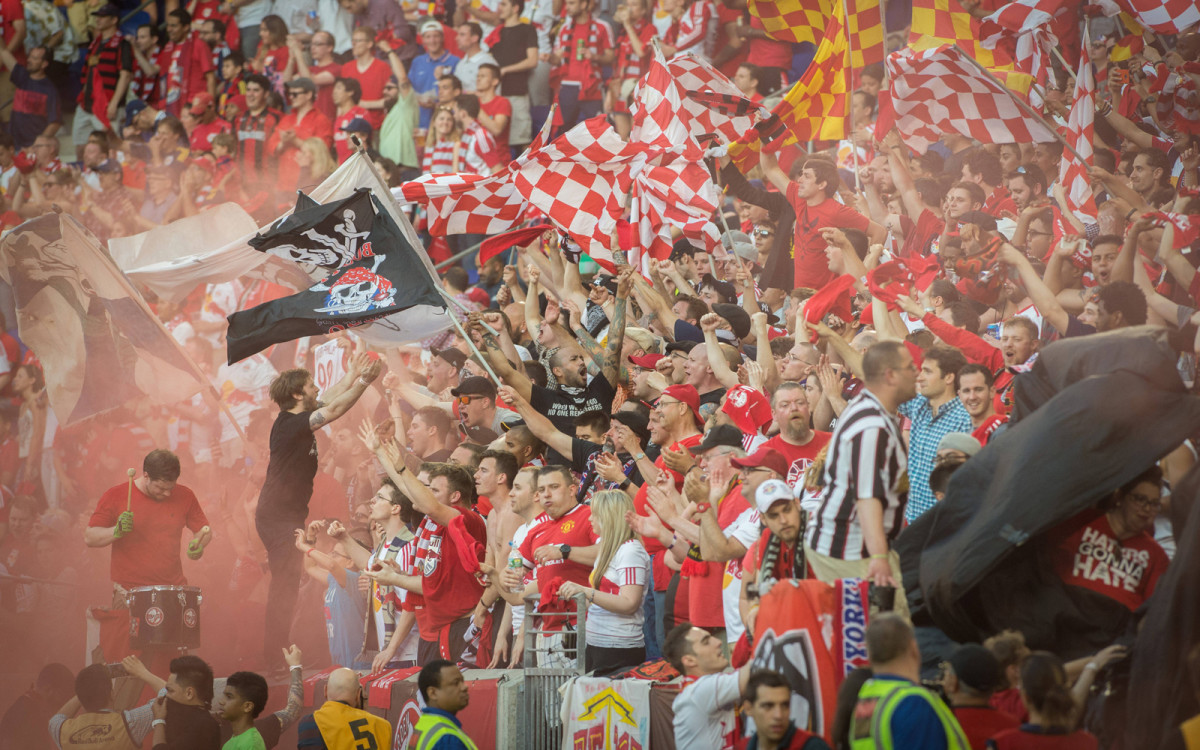 red-bulls-fans-nycfc.jpg