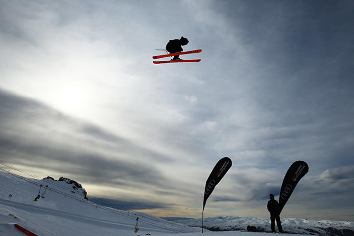 wells-family-skiing-630-2.jpg