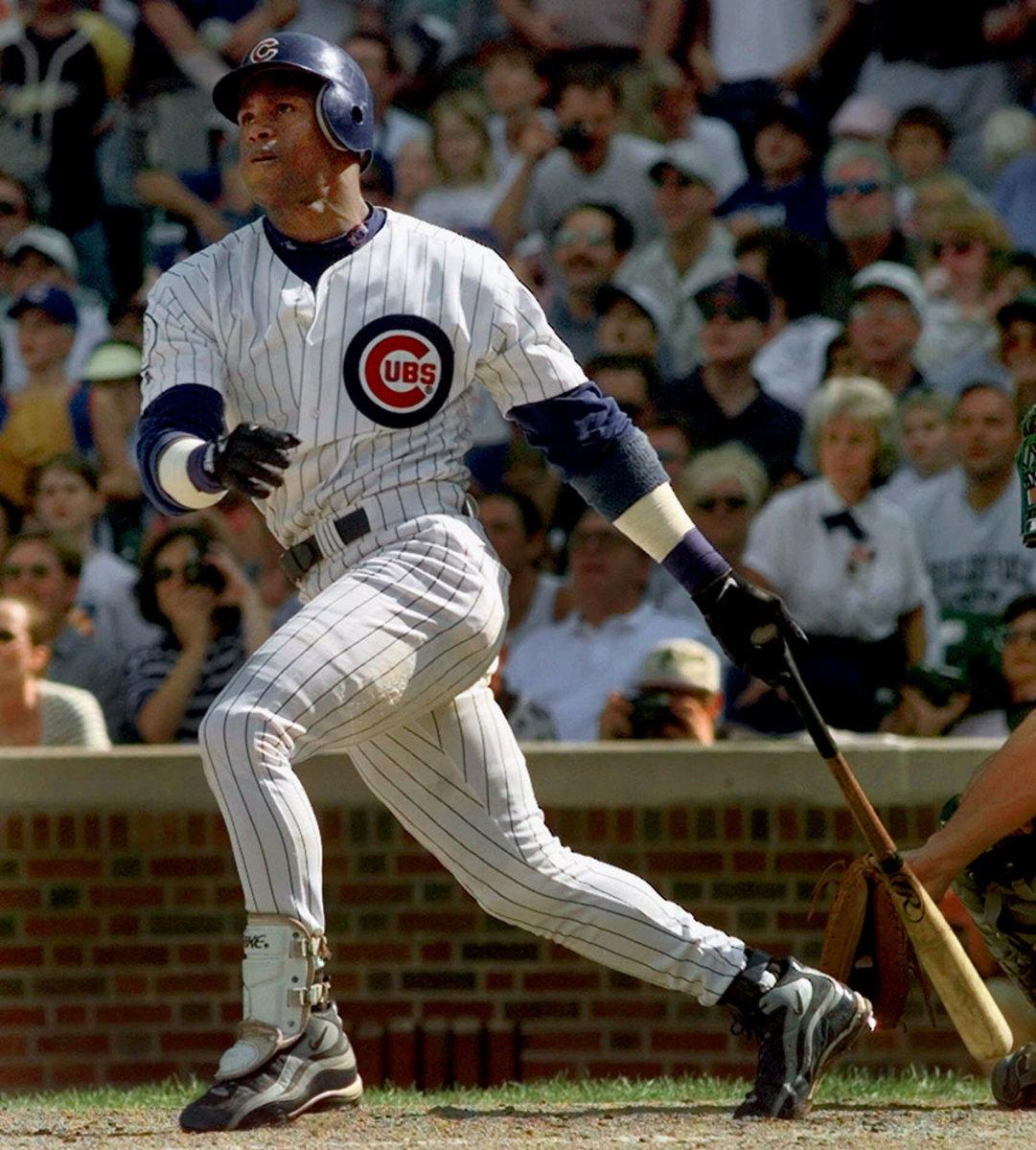 1998-0913-Sammy-Sosa-61st-62nd-home-run-game.jpg