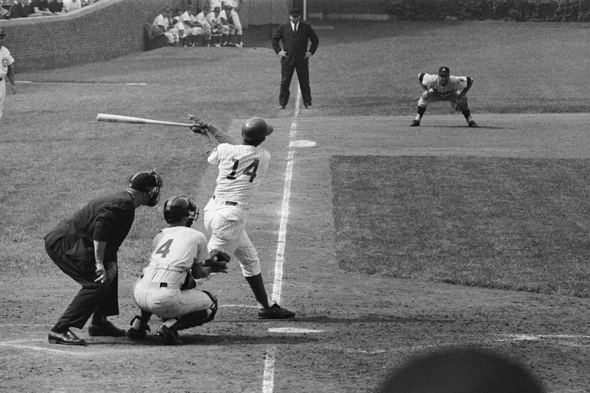 1970-0512-Ernie-Banks-500th-home-run.jpg