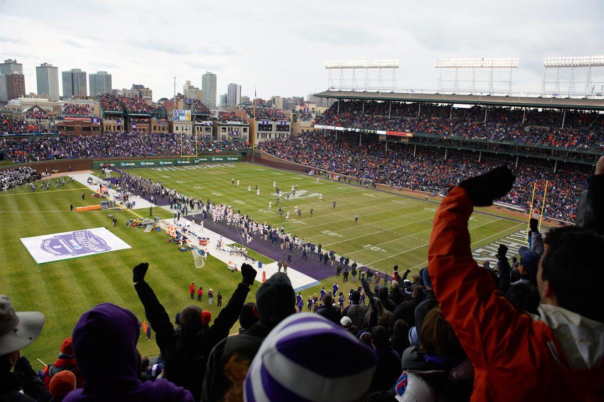 2010-1120-Illinois-Northwestern-football-Wrigley-Field-opof-105638.jpg