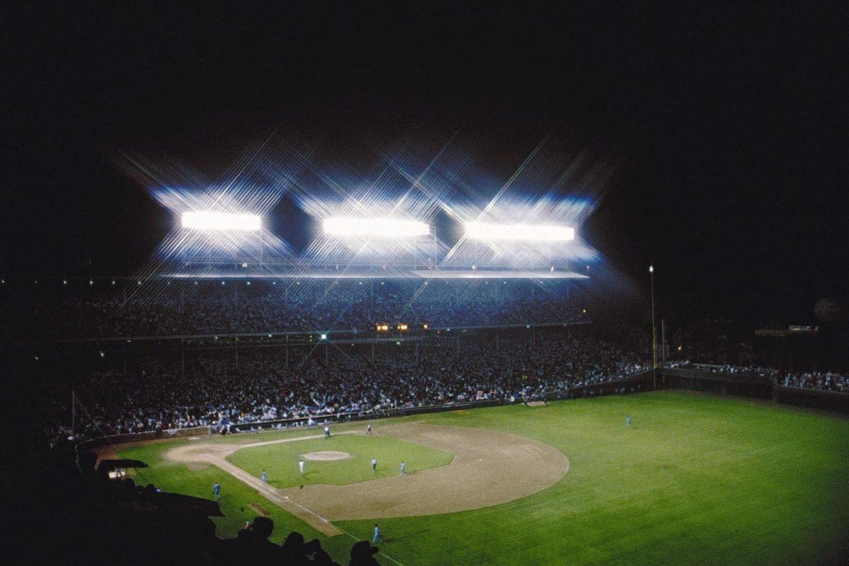 1988-0808-Wrigley-Field-first-night-game-079113317.jpg
