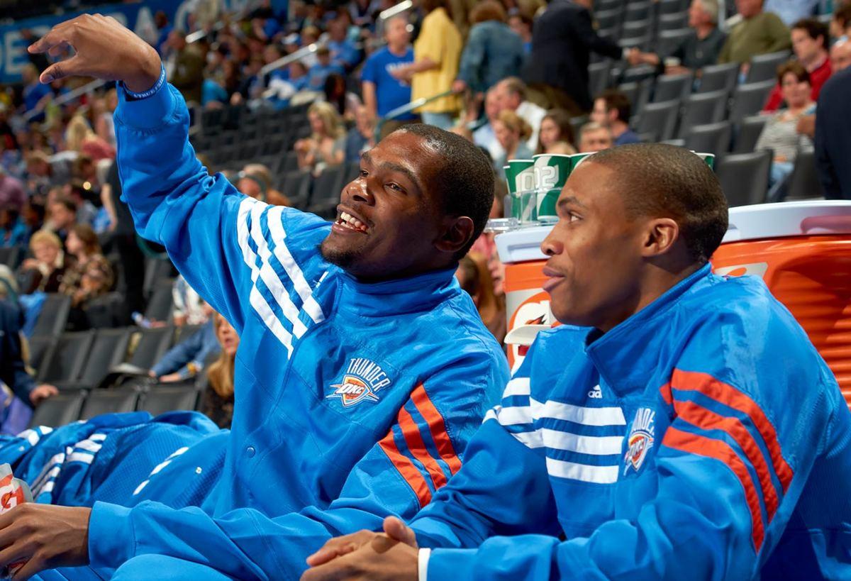 2012-0305-Kevin-Durant-Russell-Westbrook-op3b-8236.jpg