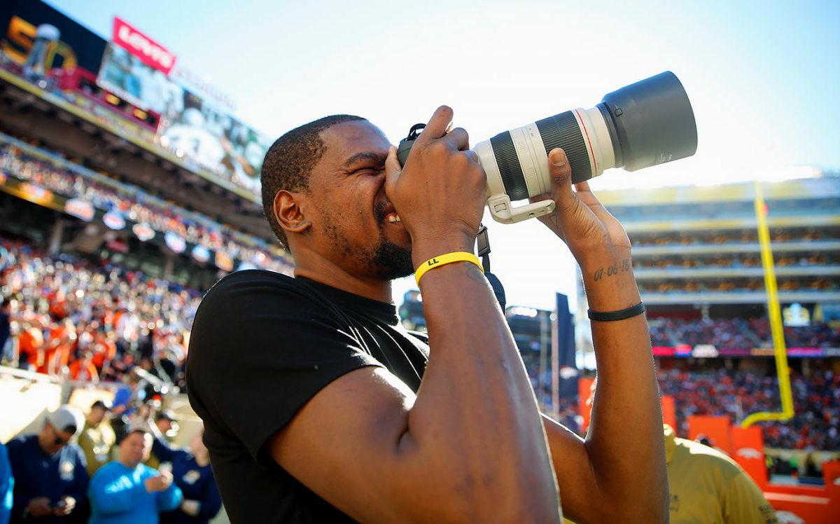 2016-0207-Super-Bowl-50-Kevin-Durant-SI125_TK1_00481.jpg