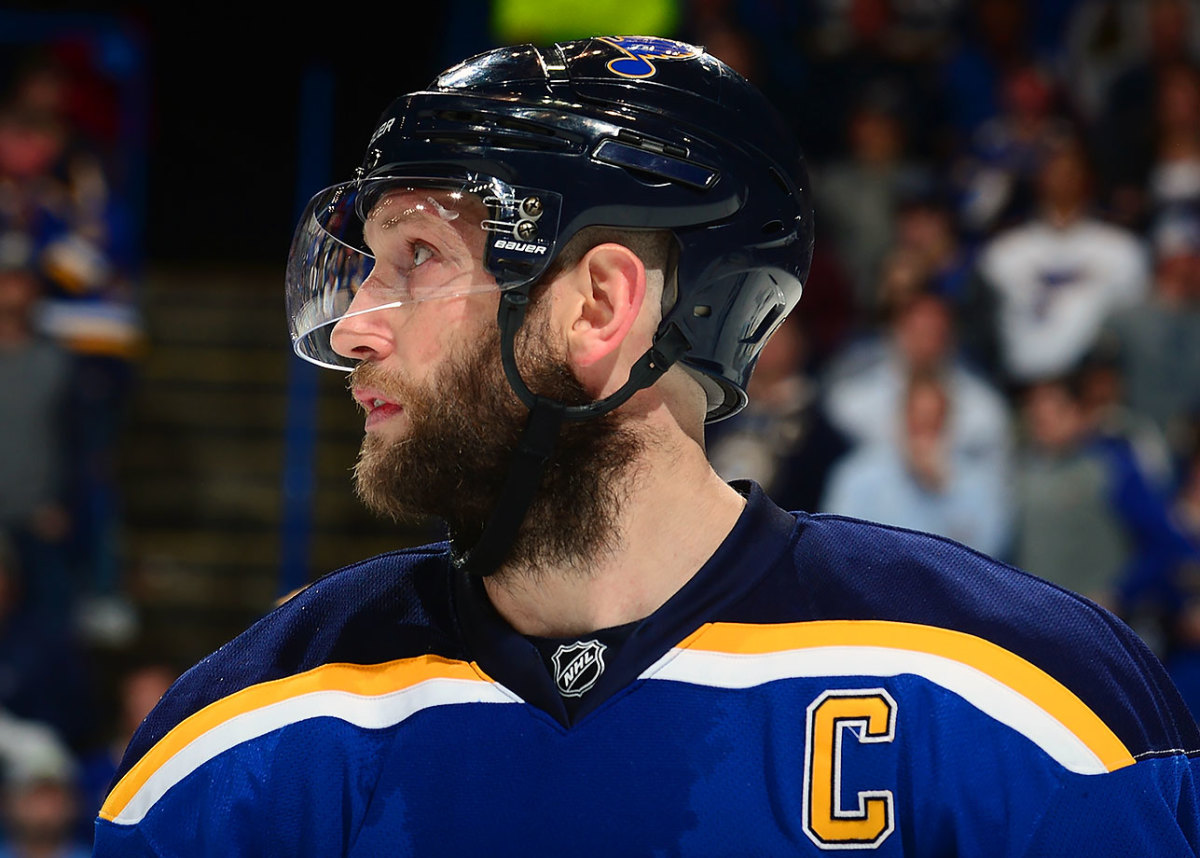 2016-David-Backes-playoff-beard.jpg