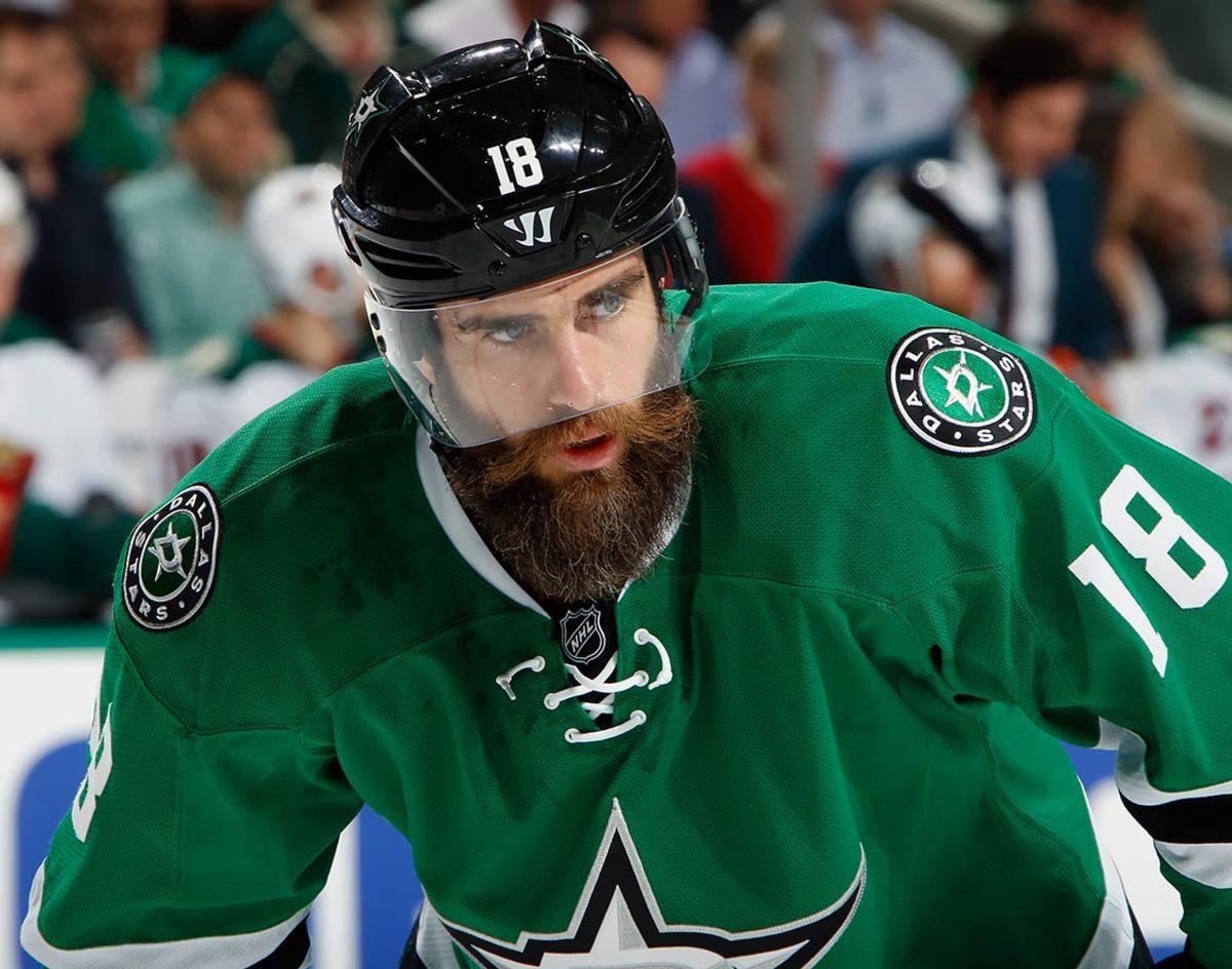 2016-Patrick-Eaves-playoff-beard.jpg