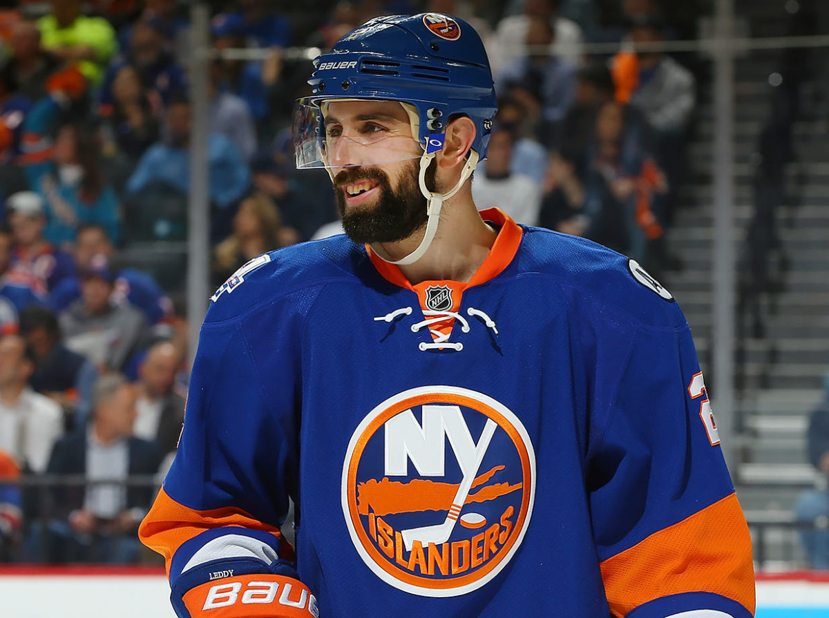 2016-Nick-Leddy-playoff-beard.jpg