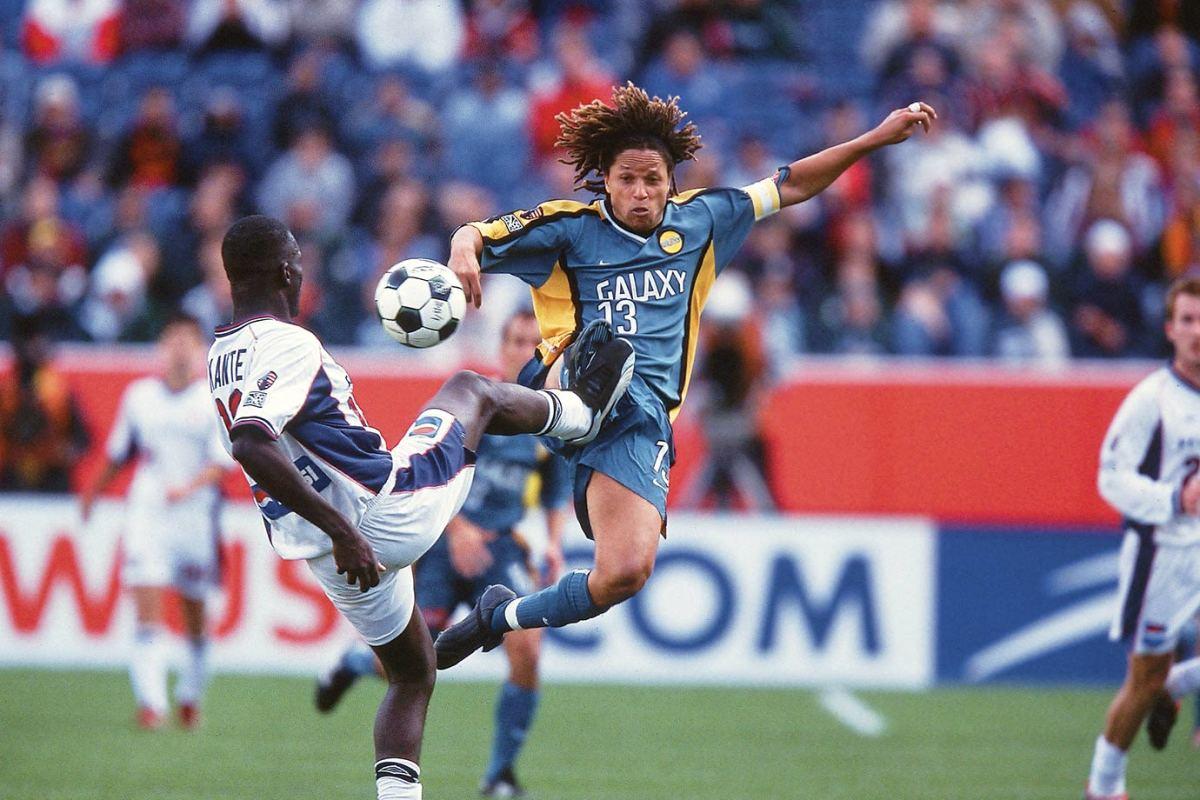 2002-MLS-Cup-LA-Galaxy-Cobi-Jones-001261242.jpg