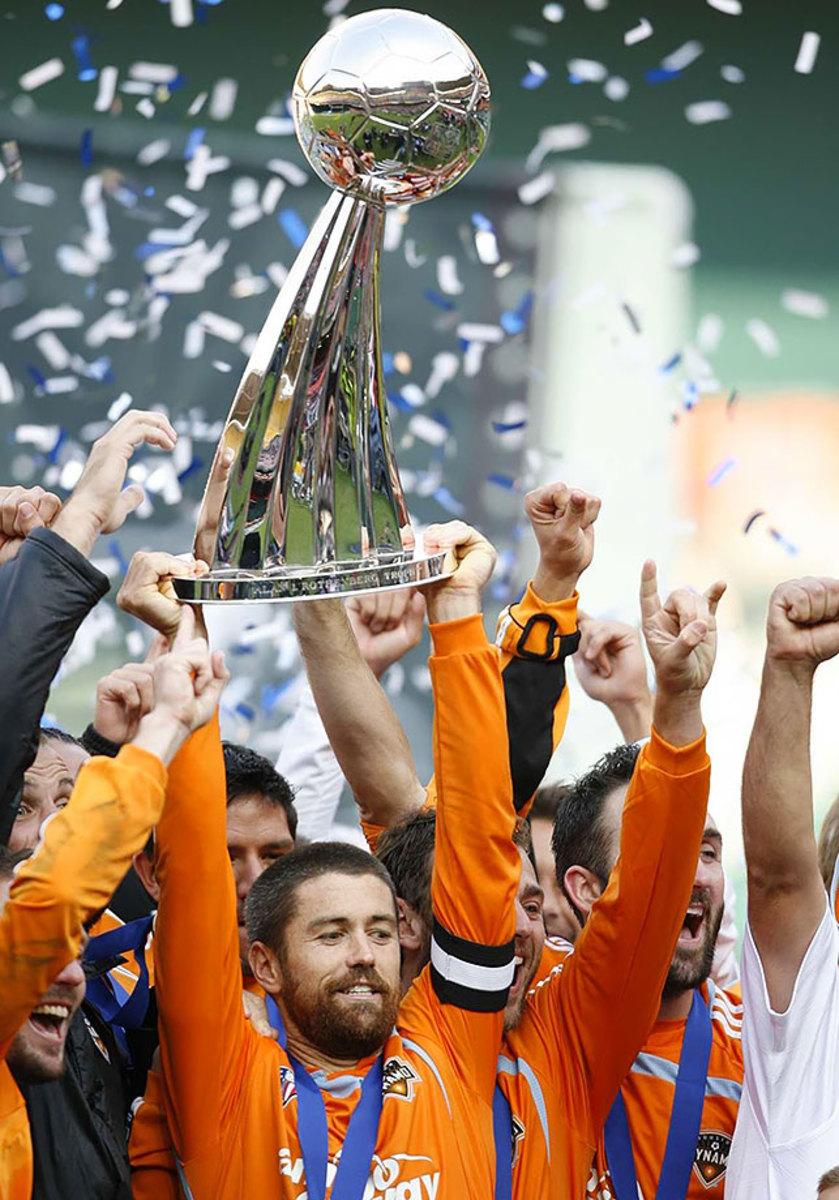 2007-MLS-Cup-Houston-Dynamo-Wade-Barrett-op5i-972-mid.jpg